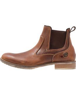 Nockdown Boots