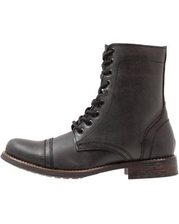 Troopah Lace-up Boots