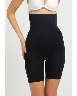 Thinstincts Shapewear