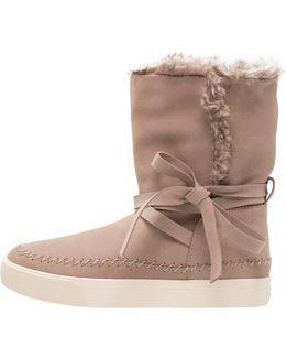Des Wp Vista Boots