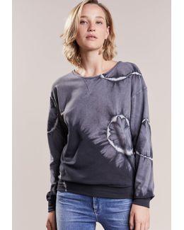 Batic Sweatshirt