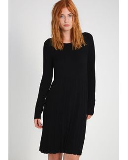Vinow Jumper Dress
