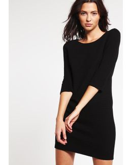 Vinaja Jumper Dress