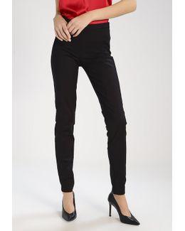Yaspeyton Ecco Trousers