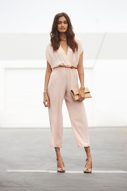 How to Wear Summer Neutrals like a Pro