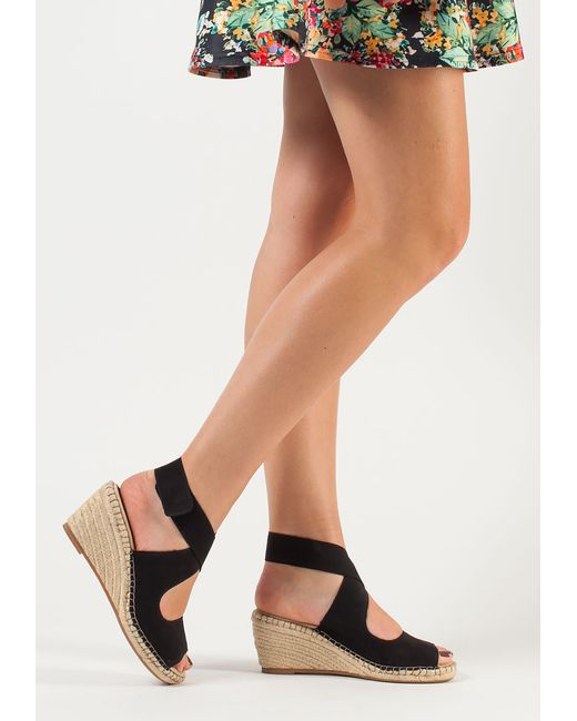 Black Womens Shoes With Cushioned Soles And Wedge