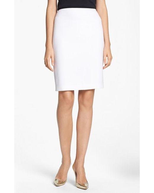 St. John | White Crepe Marocain Pencil Skirt | Lyst