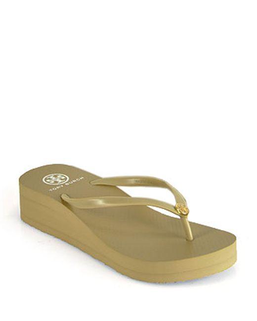 Tory Burch | Brown Khaki Wedge Rubber Thong Sandal | Lyst