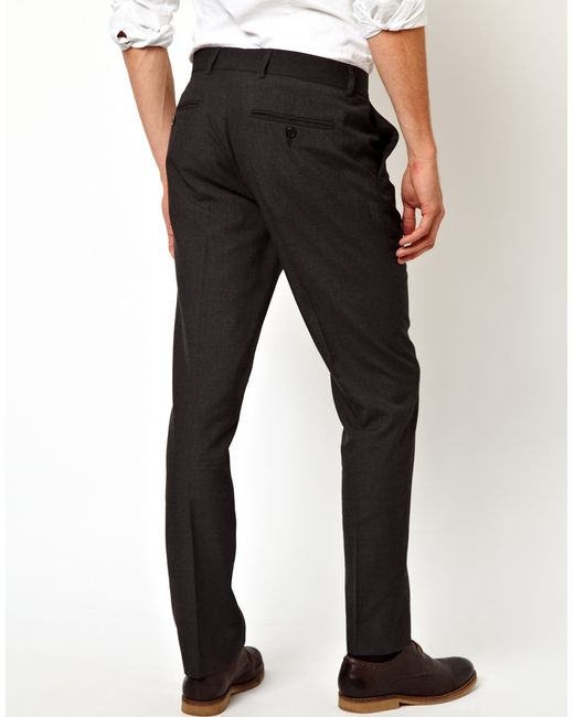 Shop men trousers at Dockers® DK for the best selection online. Dockers® - well-crafted comfort to help conquer the day.