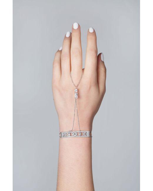 V Jewellery | Metallic Alize Hand Bracelet | Lyst