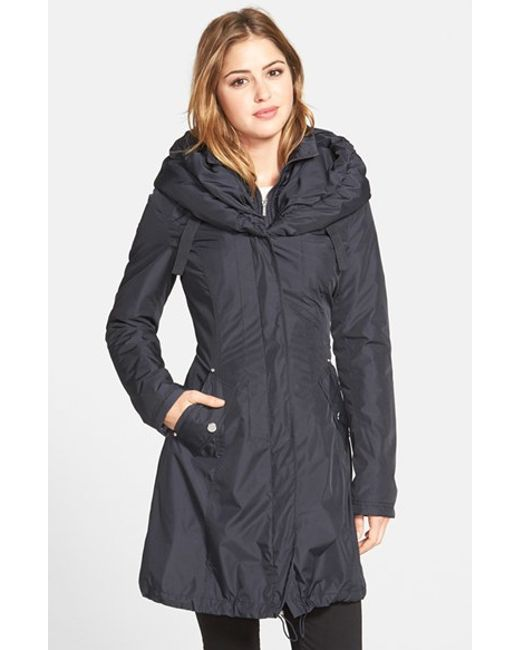 Laundry by Shelli Segal | Blue Pillow Collar Raincoat With Detachable Quilted Hooded Bib Insert | Lyst
