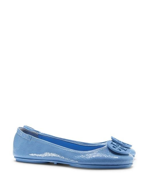 Tory Burch Minnie Travel Patent Ballet Flats In Blue