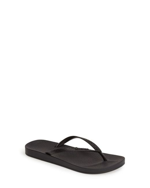 Ipanema | Black 'Ana' Flip Flop | Lyst
