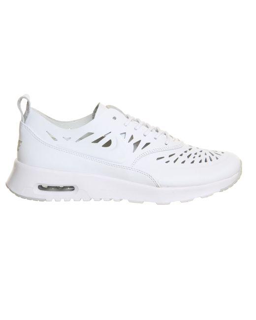 Nike Women's Air Max Thea Low Top Sneakers, Grey Grau, 6.5