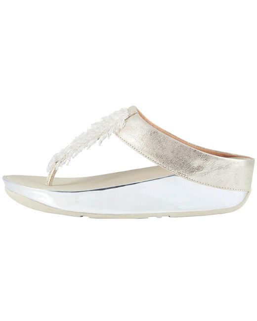 d5628a9fc42ff1 Lyst - Fitflop Rumba Toe Thong Sandals in Metallic - Save 29%
