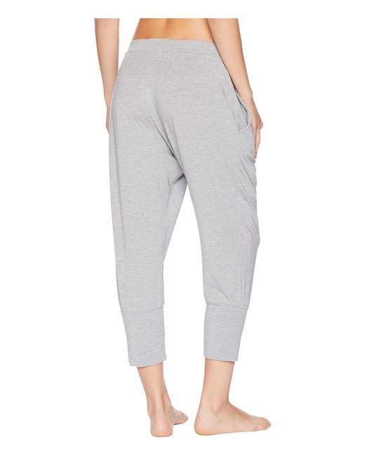 902e97c0d66f2 ... Hanro - Gray Yoga Crop Pants - Lyst ...