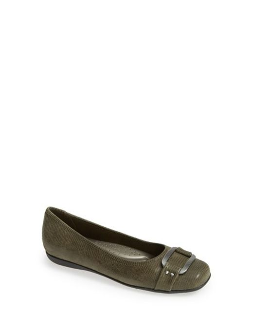 Trotters | Green 'sizzle Signature' Flat | Lyst