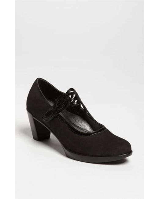 Naot | Black 'luma' Pump | Lyst