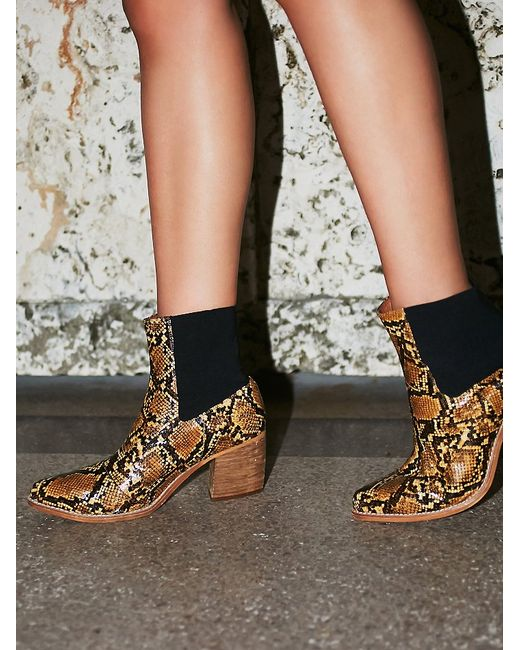 Free People Jeffrey Campbell Womens New Frontier Boot In