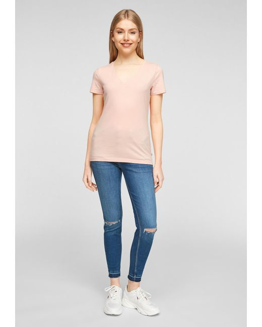 Q/S designed by Pink Shirt