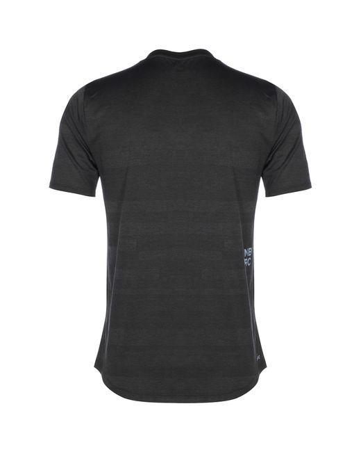 New Balance T-Shirt in Black für Herren