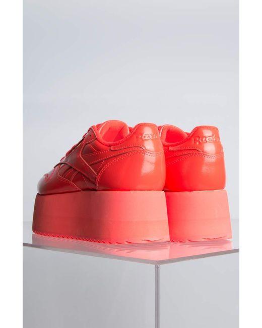 Reebok X Gigi Hadid Triple Platform Sneakers in Red - Save 20% - Lyst e2df9af63