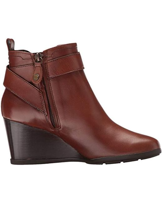 Women's Brown Inspiration Wedg 5 Ankle Bootie