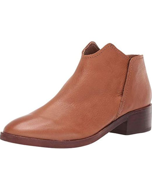 Dolce Vita Brown Trist Ankle Boot