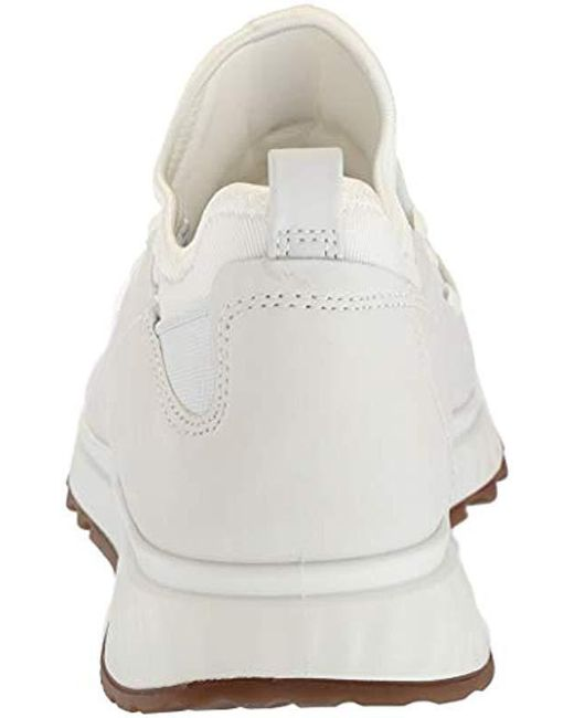 28c7d14a Women's White St1 Toggle Sneaker