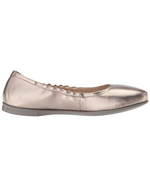 df296b74 Women's Gray Incise Enchant Closed Toe Ballet Flats