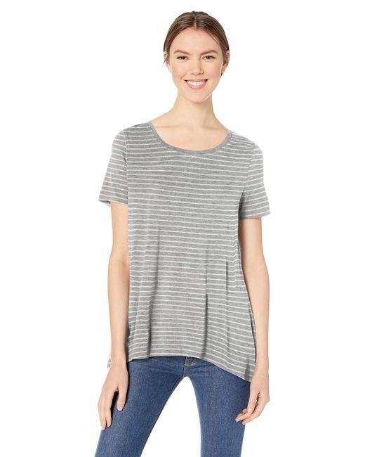Camiseta de manga corta holgada con cuello redondo para mujer Amazon Essentials de color Gray