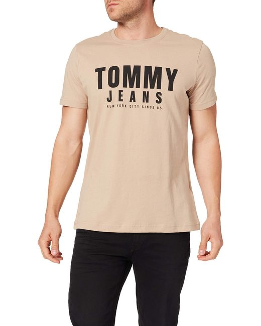 Tjm Center Chest Tommy Graphic T-Shirt di Tommy Hilfiger in White da Uomo