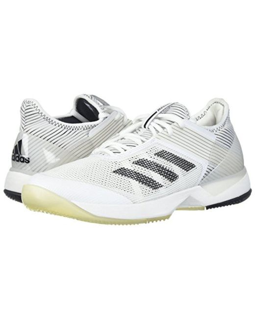 lyst adidas originali adizero ubersonic 3 w scarpa da tennis in bianco.