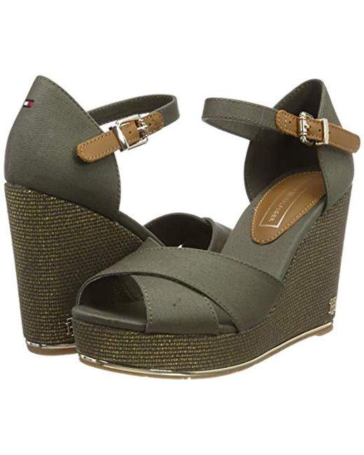 b16fe0eeee128 Tommy Hilfiger Feminine Wedge Sandal Basic Platform in Green - Save ...