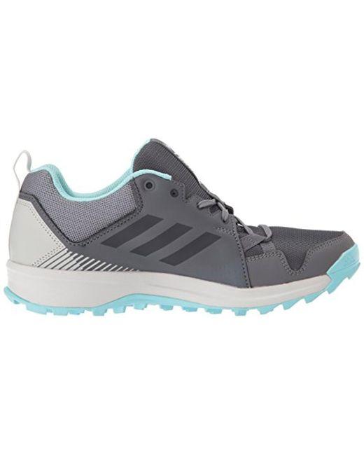Lyst adidas originali terrex tracerocker w tracce di scarpe da corsa in grigio.
