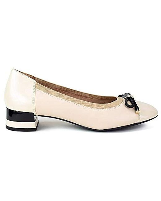 7c9bca7501bca Geox D Chloo Mid C Closed-toe Pumps in Natural - Save 1% - Lyst