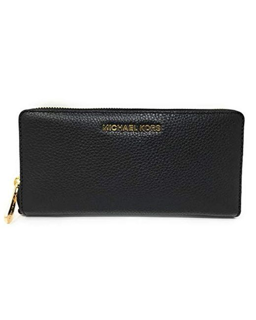 Michael Kors Black Michael Saffiano Jet Set Travel Flat Multifunction Wallet