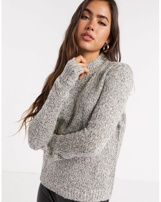 Jersey con cuello alto en gris Vero Moda de color Gray