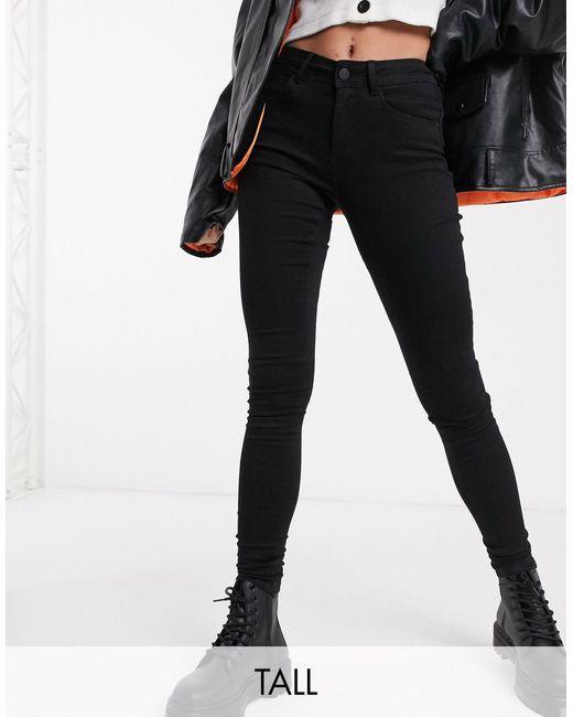 Jeans modellanti a vita alta neri di Noisy May in Black