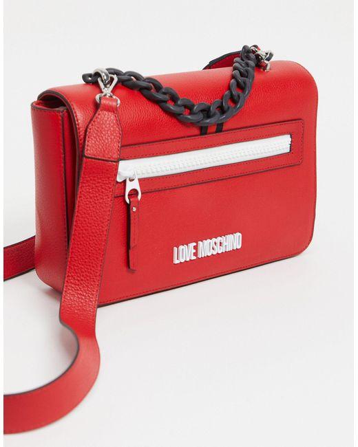 Borsa da spalla rossa con logo di Love Moschino in Red