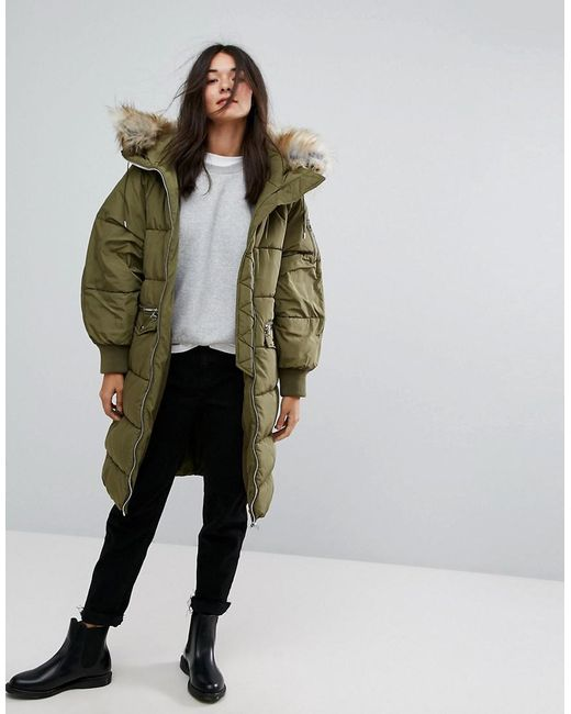 pull bear long line padded jacket with faux fur hood in. Black Bedroom Furniture Sets. Home Design Ideas