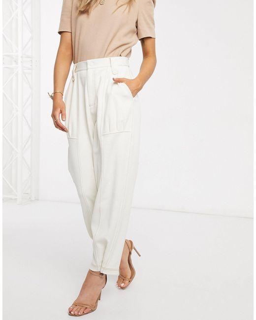 Pantaloni con pinces di ASOS in White