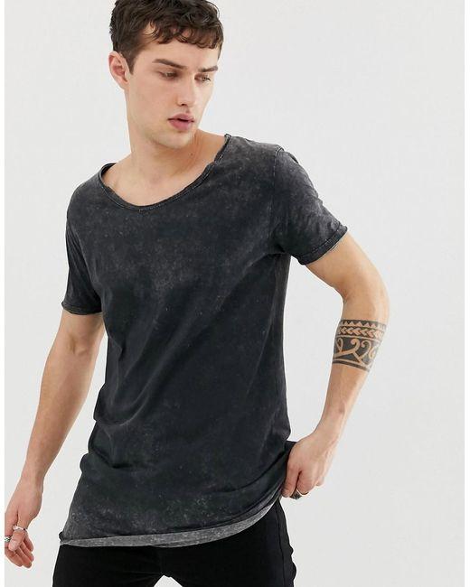 premium selection 19acc 817ff Herren Legeres, super lang geschnittenes T-Shirt in Acid-Waschung mit  U-Ausschnitt und abgerundetem Saum in schwarz