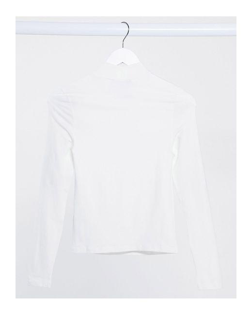 Белый Топ С Высоким Воротом И Декоративным Вырезом New Look, цвет: White