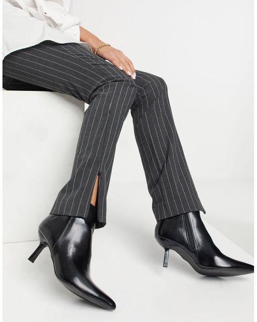 Черные Ботинки На Фасонном Каблуке И С Острым Носком ASOS, цвет: Black