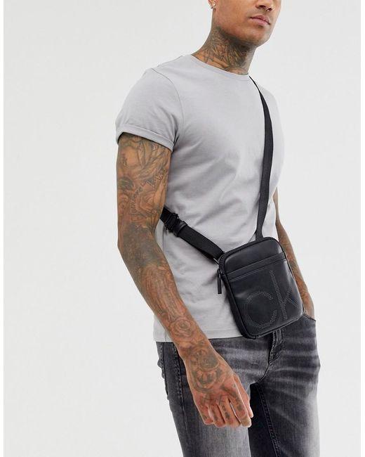 Bolso de viaje cruzado con diseño plano y pequeño Calvin Klein de hombre de color Black
