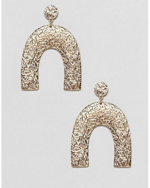 ASOS - Metallic Earrings In Textured Geo Shape Design In Gold - Lyst