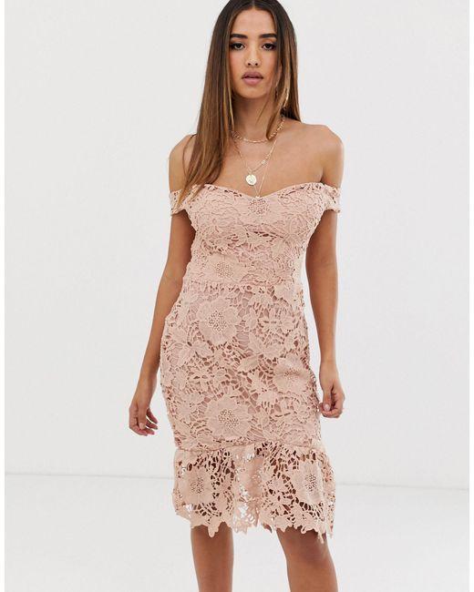 Облегающее Кружевное Платье Нюдового Цвета С Открытыми Плечами -розовый Цвет Missguided, цвет: Natural