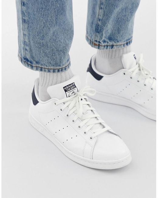 the latest 6fce2 9297d Men's Stan Smith Leather Trainers In White And Navy