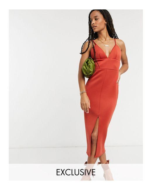 In esclusiva - Vestito midi fasciante rosso caldo con spacco sul davanti di True Violet in Brown